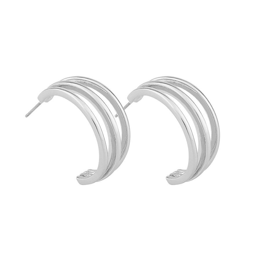 Snö Of Sweden Mette Wide Oval Ear Plain Silver