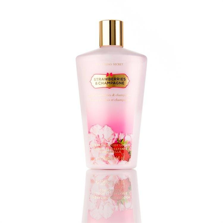 Victoria's Secret Secret Garden Strawberries And Champagne Body Lotion (250 ml)