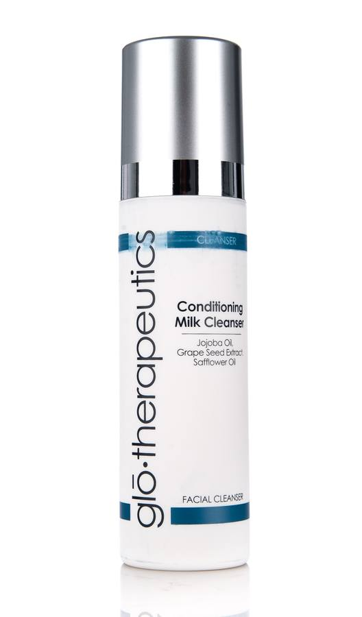 glo therapeutics Conditioning Milk Cleanser (200 ml)