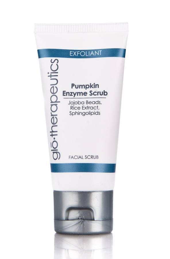 glo therapeutics Pumpkin Enzyme Scrub Peeling mit Kürbisenzymen (50 ml)
