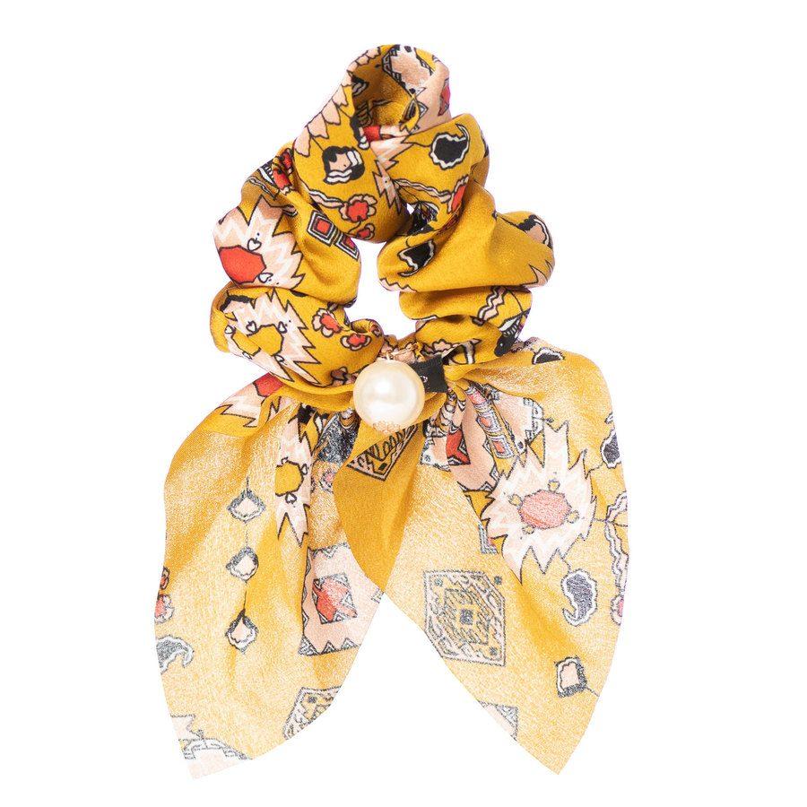Schrunchy scarf