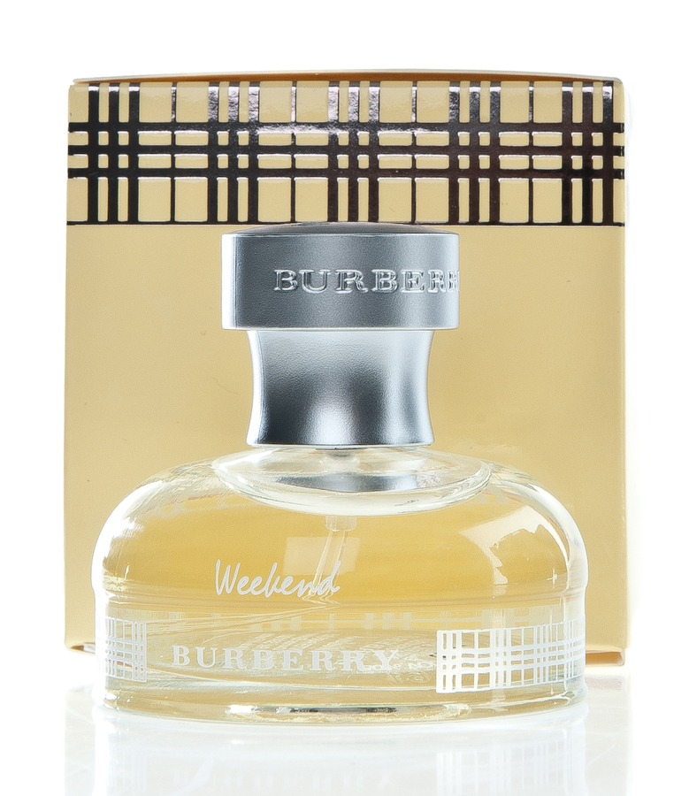 Burberry Weekend Eau De Parfum For Her (30 ml)
